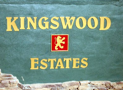 kingswood entry sign